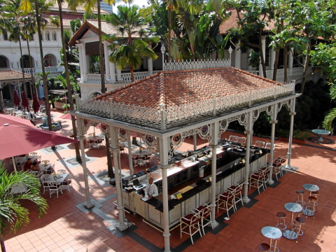 Raffles Courtyard Bar